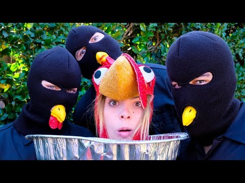 Im Thanksgiving Dinner? | Lele Pons