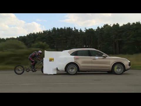 شاهد: بريطاني يحقق رقما قياسيا عالميا للسرعة بدراجته المسحوبة بسيارة…  - نشر قبل 5 ساعة