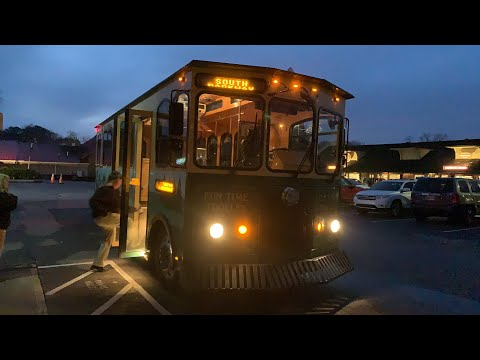 Pigeon Forge Trolley Ride - Christmas Lights A Plenty