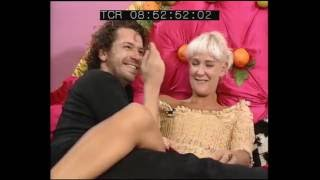 Repeat youtube video Paula Yates and Michael Hutchence on Big Breakfast