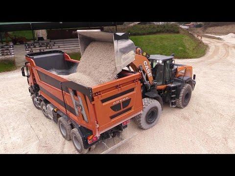 New Case 1121G Wheelloader Loading Astra HD9 86-56 8x6 Truck
