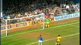 Leicester v Burnley  1982-83 Div 2