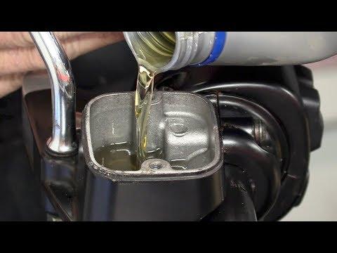 Delboy's Garage, Harley ABS brake fluid change.