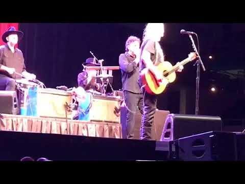 On the road again / Willie Nelson / Savannah GA Oct/20/2017