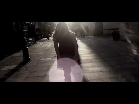 Shakira - Si Tu No Vuelves