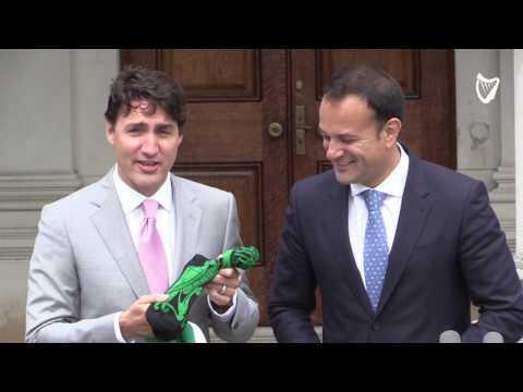 WATCH: Leo Varadkar gives Justin Trudeau a pair of Irish socks