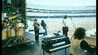 lynyrd skynyrd   tuesdays gone   live 1976 hq audio one more from the road