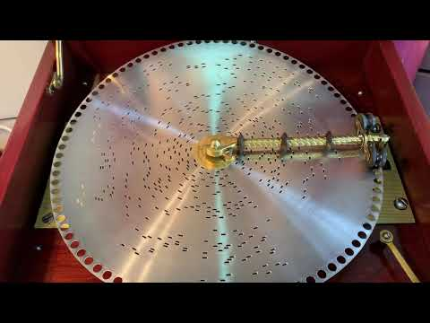 "Regina music box 12 inch disc ""Hark The Herald Angels sing"""