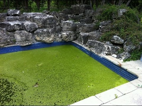 Why Does My Pool Water Smell Bad?