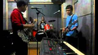 Heavy Rotation Cover - by Hyperchill