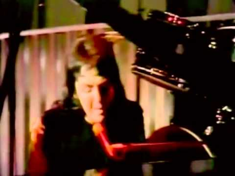 paul mccartney wings live and let die 1973 tv show youtube. Black Bedroom Furniture Sets. Home Design Ideas