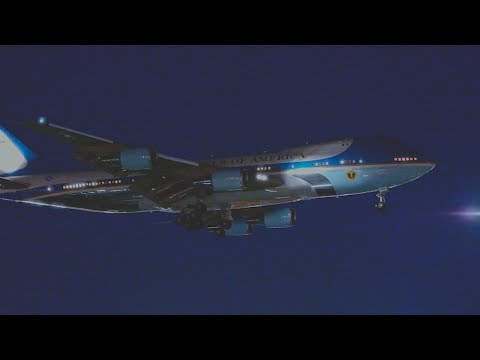 """US Air Force """"Air Force One"""" Boeing 747-2G4B (VC 25A) Landing at LAX."""
