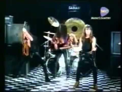 Rata Blanca - Mujer amante │ Video Clip │ ACTIVA EL SUBTITULO