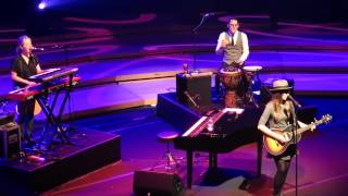 Sara Bareilles - I Choose You (Live In Singapore 2014)