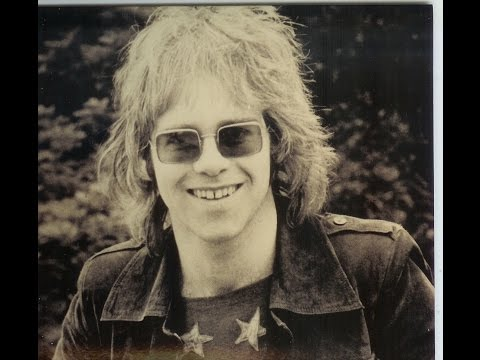 Elton John - Country Comfort (1970) With Lyrics!