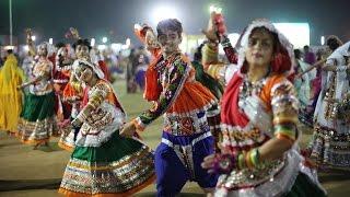 Live Gandhinagar Cultural Forum Navli Navratri 2015: Day 1 Garba