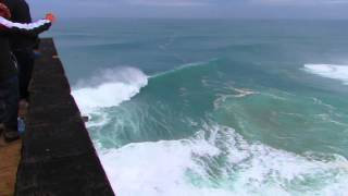 BIG waves surf Nazare, Portugal