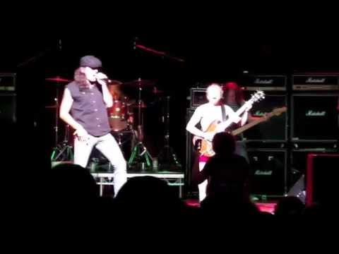 AC/DC UK featuring Bob Richards