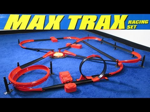 Hot Wheels Motorized Max Trax Racing Set from 1998