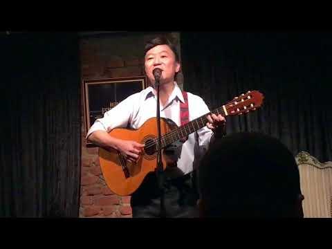 À Sombra de Um Jatobá | Renato Matsukura