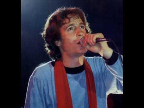 rino-gaetano-sfiorivano-le-viole-1976-testo-completo-e-biografia-giuseppe-leozappa