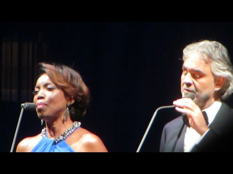 Andrea Bocelli with Heather Headley - Canto Della Terra. Dec.17, 2014