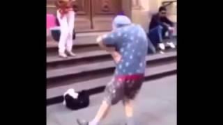 Офф бабак танцует