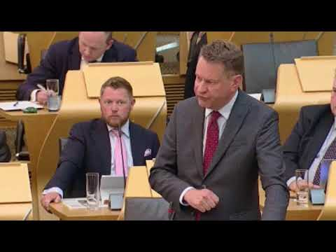 Tory Murdo Fraser MOCKS Nicola Sturgeon's 'hysterical' articles