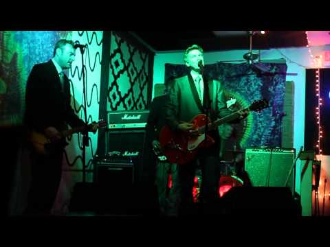 """Mr. GO! - """"Tonight (I Don't Care About Nothing at All)"""" - Driftwood Char Bar 2014"""