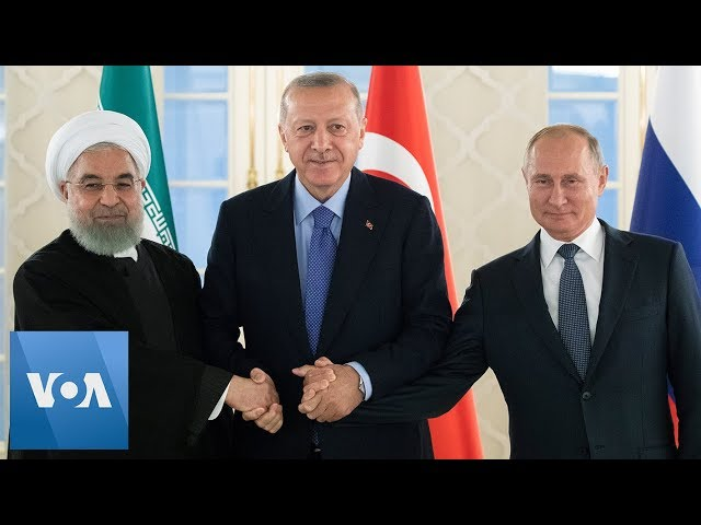 Iran President Rouhani, Turkey President Erdogan and Russia President Putin Take Photo at Summit
