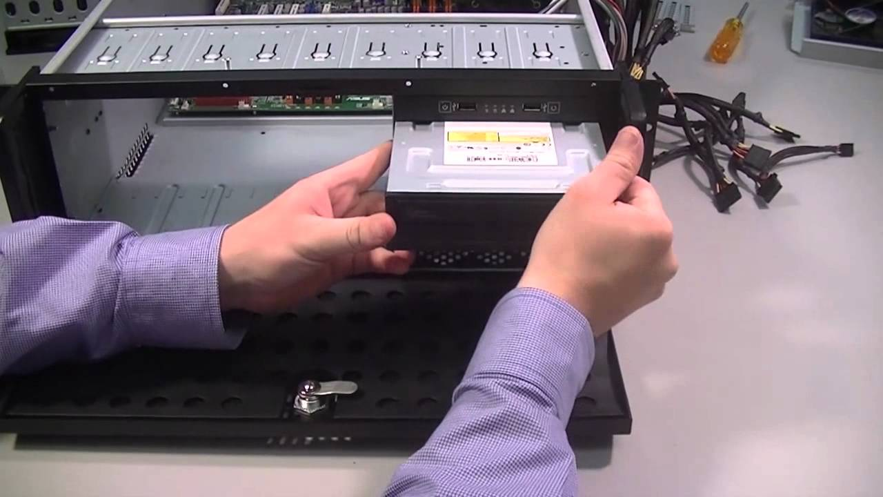 How to build a server computer: Part3 Installing the drives