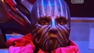 Отрезание головы на гильотине - Человек в маске - Тайны великих магов - Разоблачение фокусов