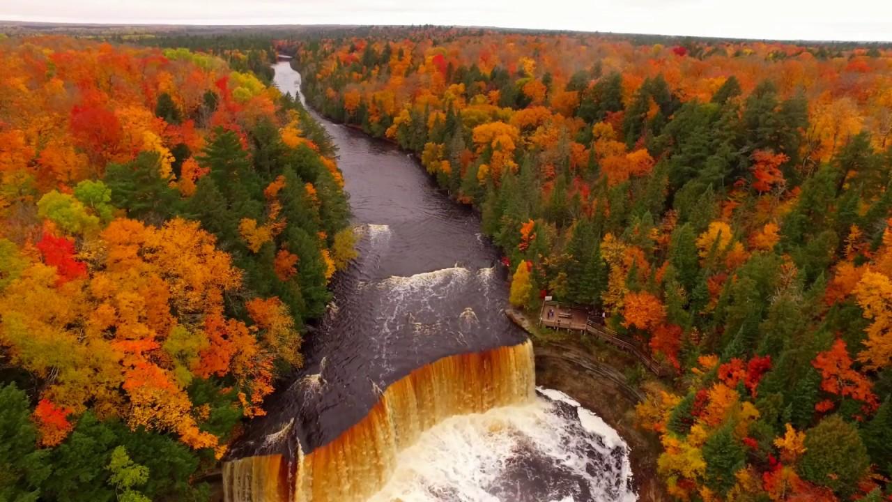 Free Fall Waterfall Desktop Wallpaper Drone Video Shows Fall Colors At Tahquamenon Falls In