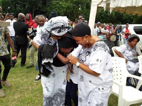 Kuagwa kwa Mwili wa Masogange, Viwanja vya Leaders