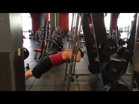 How To Do A Bodyweight Triceps Extension On A Smith Machine | Exercise Guide