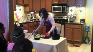 Pam Ferrara - Madhatter (mock Salmon) Pate - Raw Food Demo