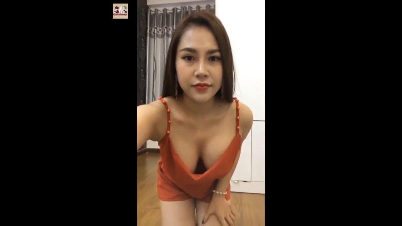 Bán hàng online Tuyển tập hai em mẫu xinh không mặc áo lót || VN Tiktak Entertainment