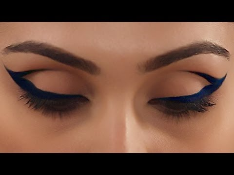 Cobalt Blue Cat Eye Makeup – Expert Makeup Tutorial