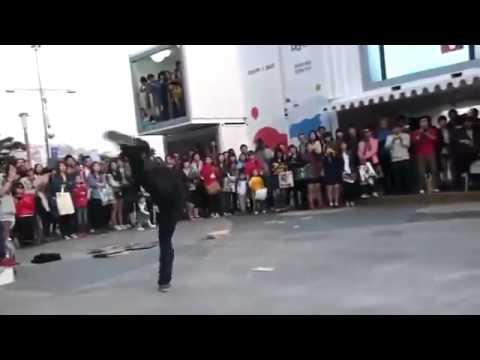 Biểu diễn võ thuật đường phố(boxgiaitri).FLV