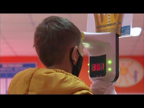 Необъяснимое бесстрашие: В Ростовской области заработали новые ограничения из-за коронавируса.