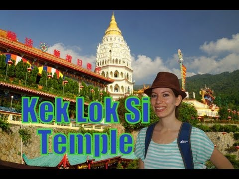 Kek Lok Si Buddhist Temple of Supreme Bliss (极乐寺 / 極樂寺) in Air Itam, Penang, Malaysia.