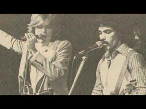 Don't Change (Live 1977 @ Stanley Theatre) - Hall & Oates