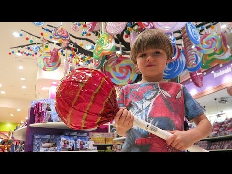 Great Candy Store - Shopping Video