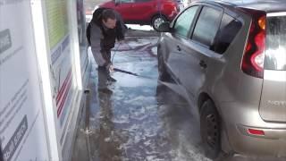 Помыть машину на мойке самообслуживания за 100 рублей