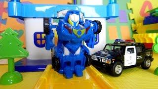 Тобот - трансформер и полицейская машина. Ограбление. Видео с игрушками