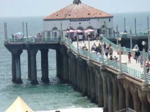 The Manhattan Beach Pier - Manhattan Beach California