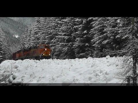 Snowy Raiload Adventure on Stevens Pass --Jan 2016