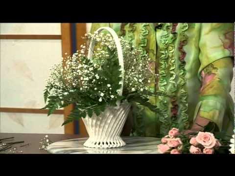 Cam Hoa - Flower Girl