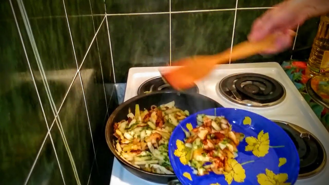 Салат рисовая широкая лапша