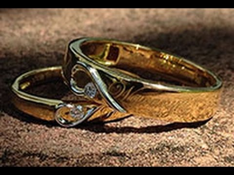 Laser Inscribed Matching His & Her Golden Heart Wedding Bands from